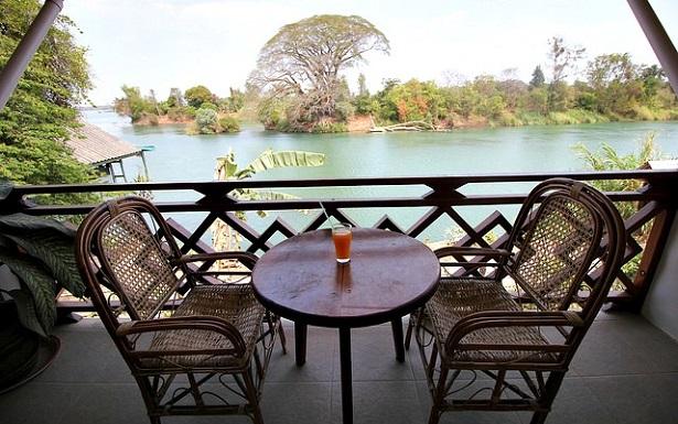 laos places to go