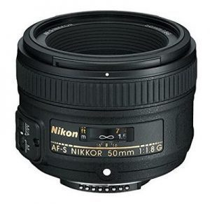 which lens for Nikon D7200