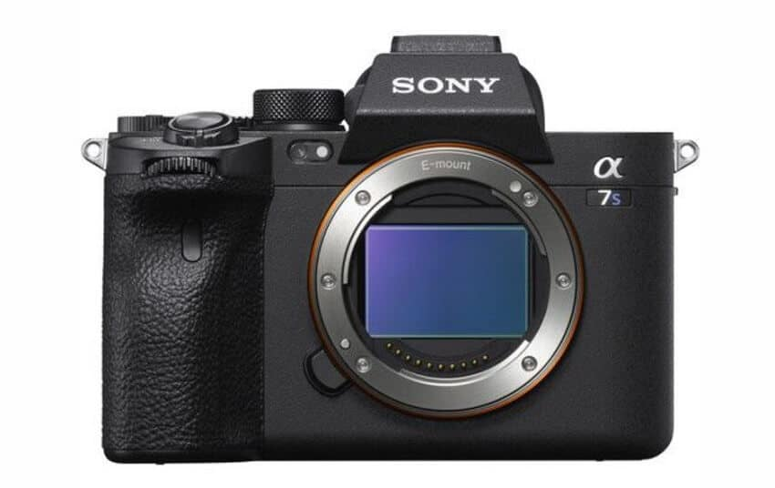 what lens to buy for sony a7s iii